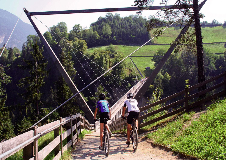 wandern und biken arzlerhof